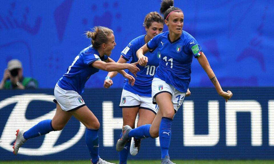Italia - Australia 2-1 (doppietta Bonansea)